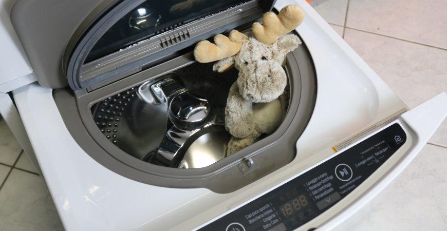 LG TWINWASH: a lavarti i panni sporchi sono in 2